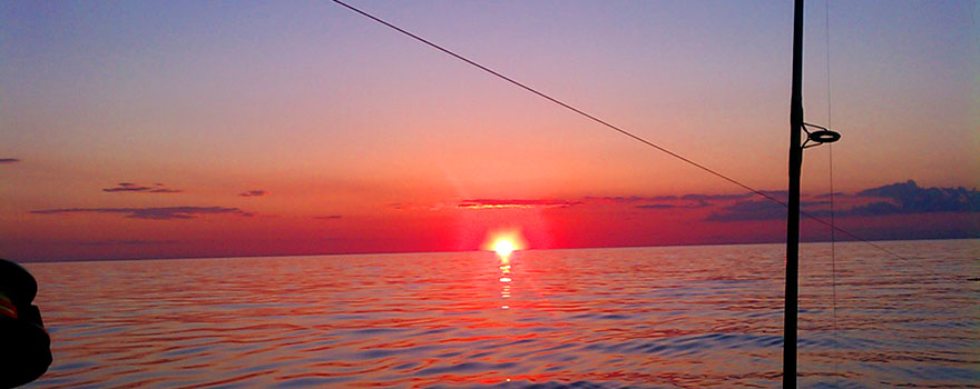 lake-erie-fishing-chater-sunset